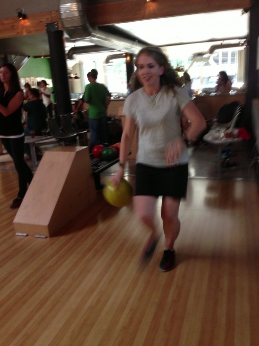 Lindsay from twistedrunning.com going for a strike.