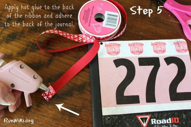 Not sure what to do with old race bibs ? Try up-cycling them with this Easy DIY Running Journal or Planner. Writing down your dreams, goals and daily training is the best way to go after that pr in your half marathon, 5K or 10K. Fitness| running tips| beginners | motivation