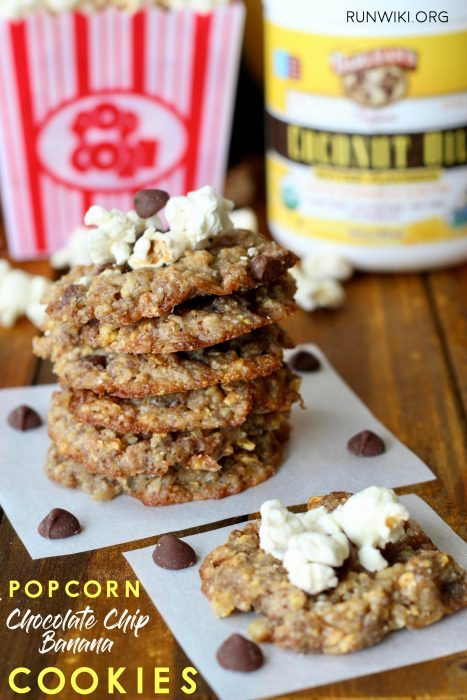 Dive into these chewy center with a crisp edge, easy vegan and gluten free cookies | Healthy recipe. Great as pre or post run | workout snack. The perfect balance of healthy fats, fiber, protein and slow carbs. You will never know you are eating a dairy-free dessert. @barleans